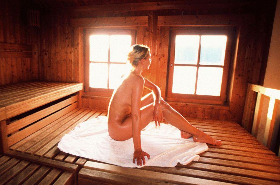 wie kann ich die nacktpflicht in der sauna umgehen saunas. Black Bedroom Furniture Sets. Home Design Ideas