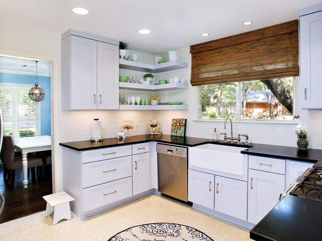 Beautiful Designs By Ub Kitchens In Austin San Antonio Kitchen Painted Cabinets Cont Floating Shelves Kitchen Modern Kitchen Shelves Kitchen Ledge Decor
