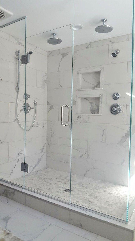 40 Tile Design Trends Forecast 2017: 40 Modern Small Master Bathroom Renovation Ideas