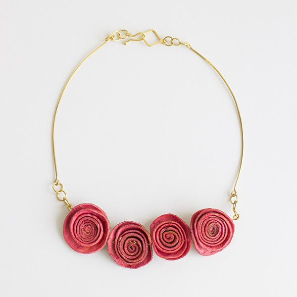 Bouquet Necklace . Coral Rose & Gold
