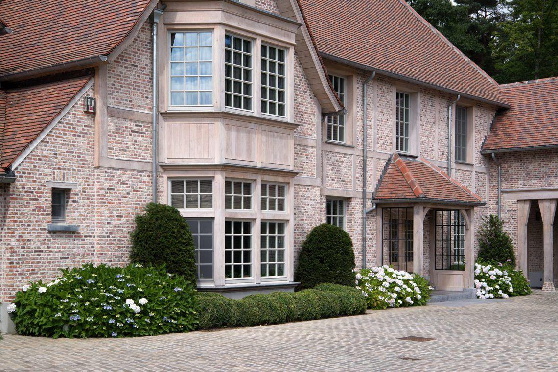 Normandische villa Grobbendonk Buitenkant huis, Huis