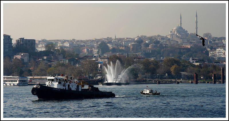 Bateaux sur la Corne d\'Or - Istanbul, Istanbul   İSTANBUL ...
