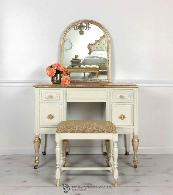 Surprising White And Gold Vintage Vanity With Mirror And Bench Gift Ibusinesslaw Wood Chair Design Ideas Ibusinesslaworg