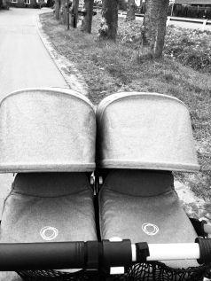 unser bugaboo donkey f r uns der beste kinderwagen f r unsere zwillinge ihr k nnt au erdem. Black Bedroom Furniture Sets. Home Design Ideas