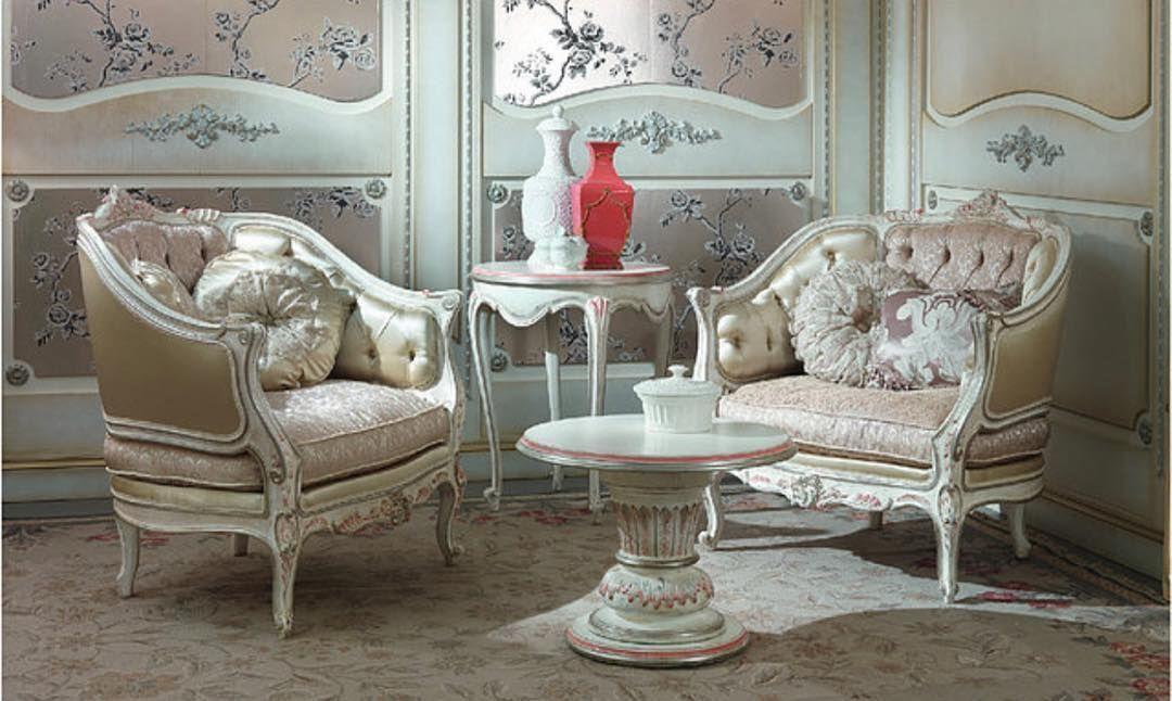 Furniture Decor Sofa Majlis مفروشات مجلس مجالس ستائر اطقم كنب تنجيد اثاث غرف نوم طاولات طعام اصباغ جبص ديكور الام Furniture Luxury Furniture Dining Room Sets