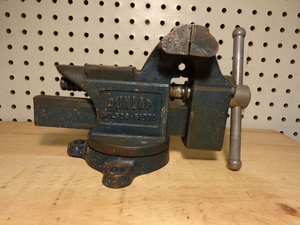 Vintage Dunlap 3 1 2 Bench Vise 506 51770 Swivel Base Anvil And Horn Made In Usa By Bringingpast2present On Etsy Vises Tools For Sale Bench Vise