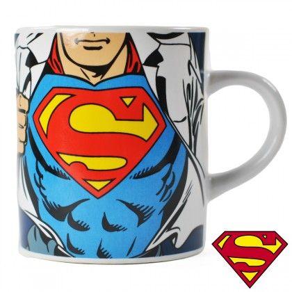 Tasse à Expresso Superman Costume sur Logeekdesign.com  777b90faa13