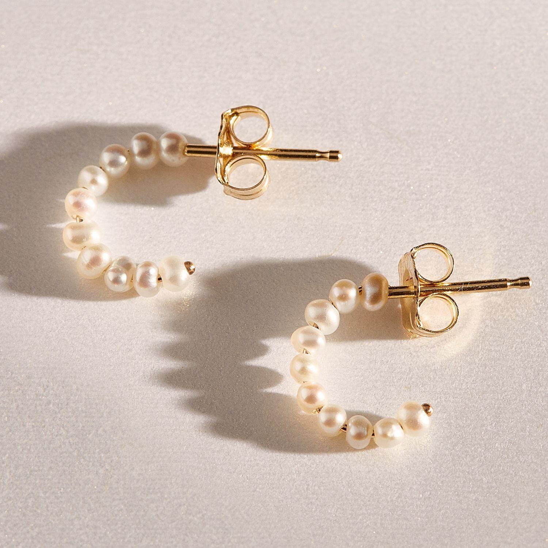 680f7096a Baby Pearl Hoop (single) in 2019   Wishlist   Baby pearls, Jewelry ...