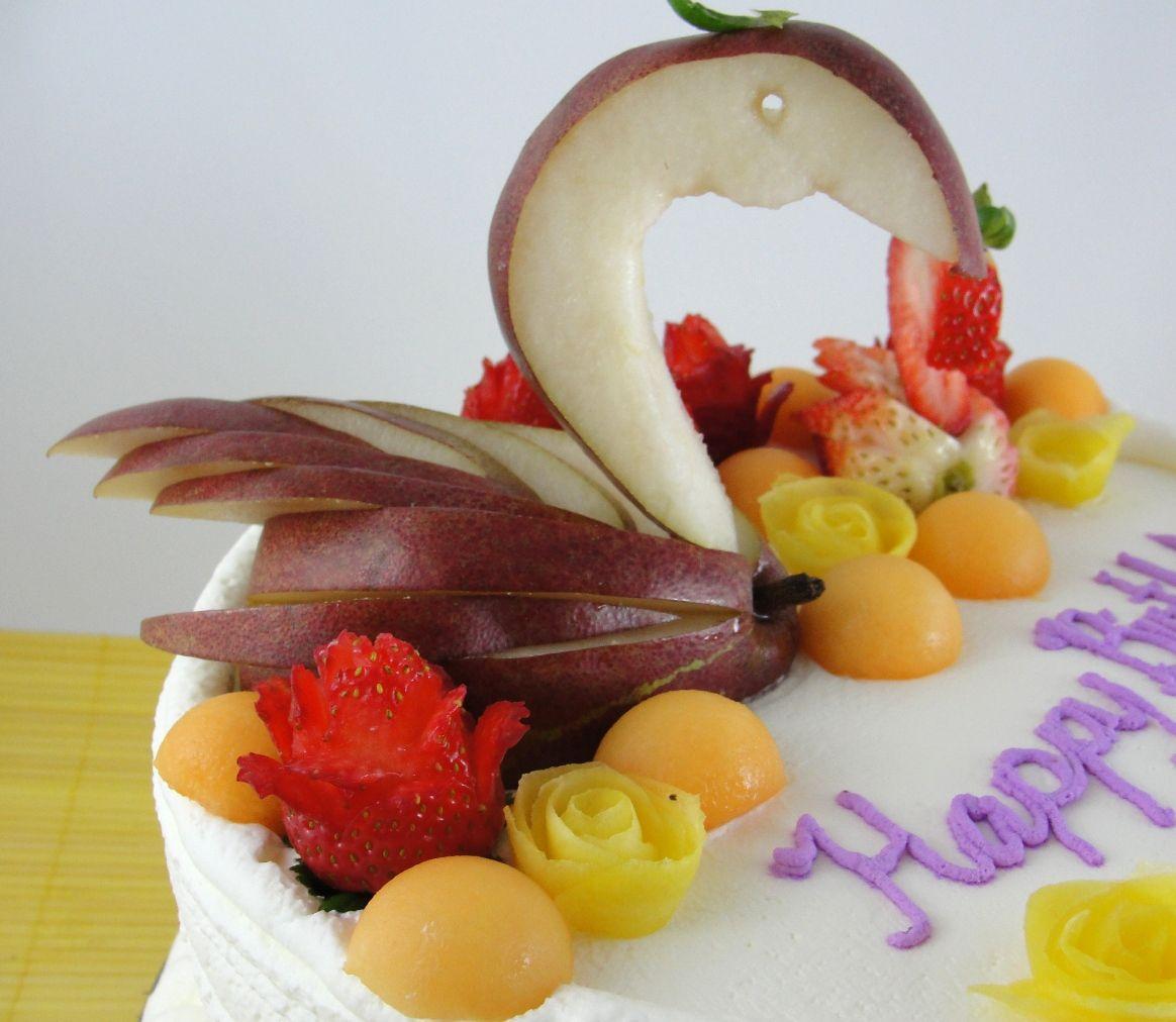 Swan Fruit Cake Pear Swan Birthday Cakes Pinterest Fruit