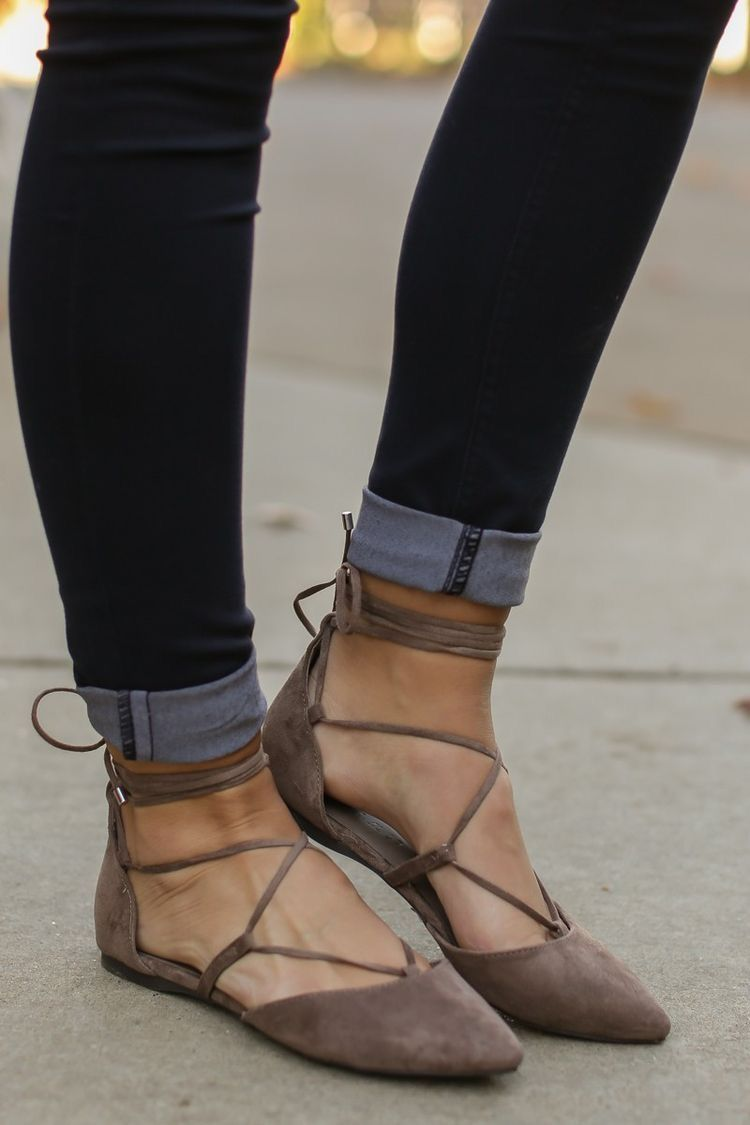 Strappy flats   •My Style• in in Style• 2018   Pinterest   scarpe, Flats and   997981