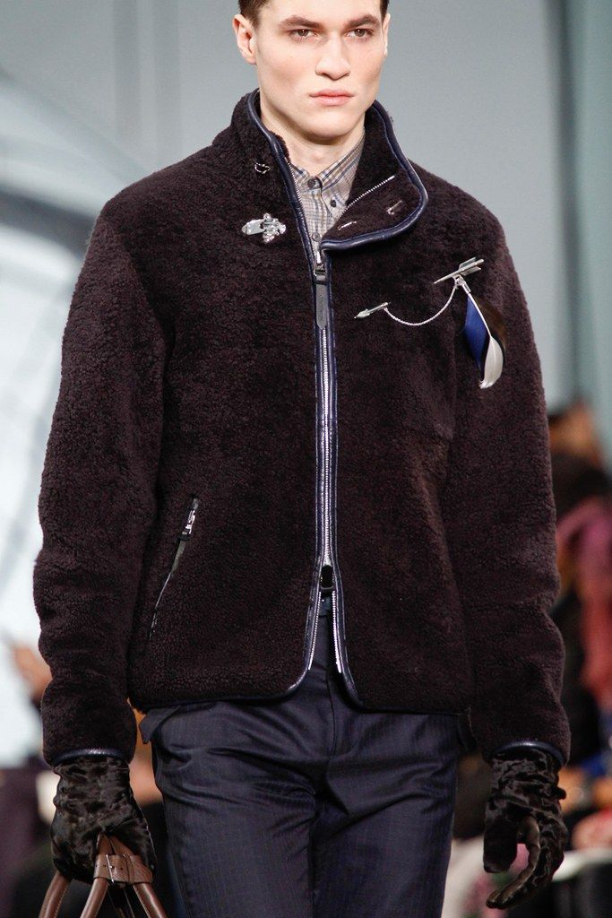 Louis Vuitton Fall 2012 Menswear Fashion Show Details