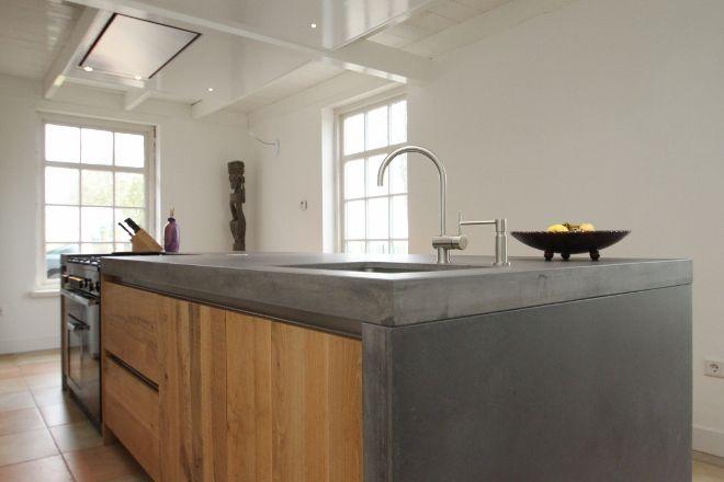 Massief eiken kookeiland met betonnen werkblad by jp walker keukens houten keukens maatwerk - Keuken design werkblad ...
