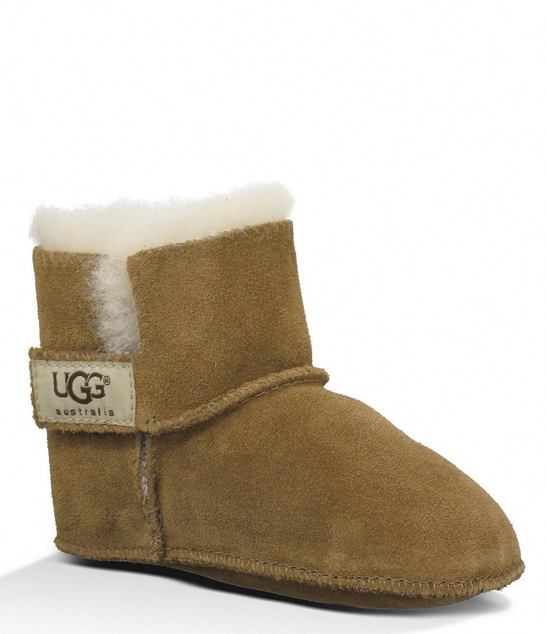 Uggs, Crib shoes girl, Sheepskin boots