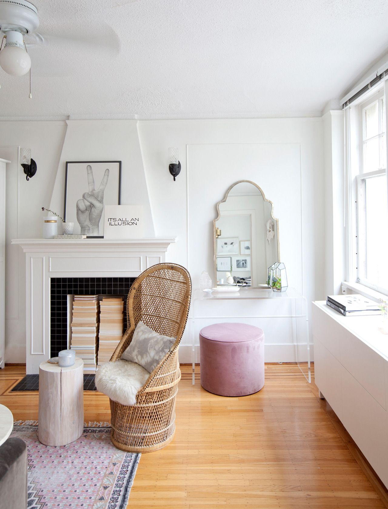"""ruemag """"A pop of pink in a studio apartment. """"   Living room ..."""