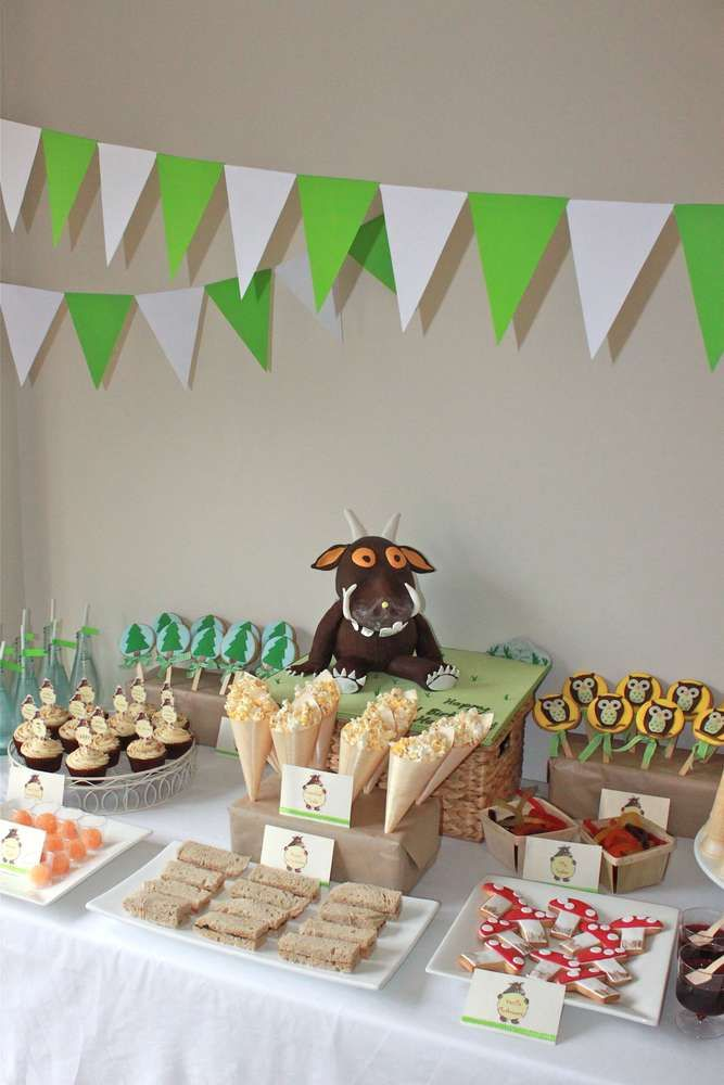 Harry's Gruffalo Feast! | CatchMyParty.com #childrenpartyfoods