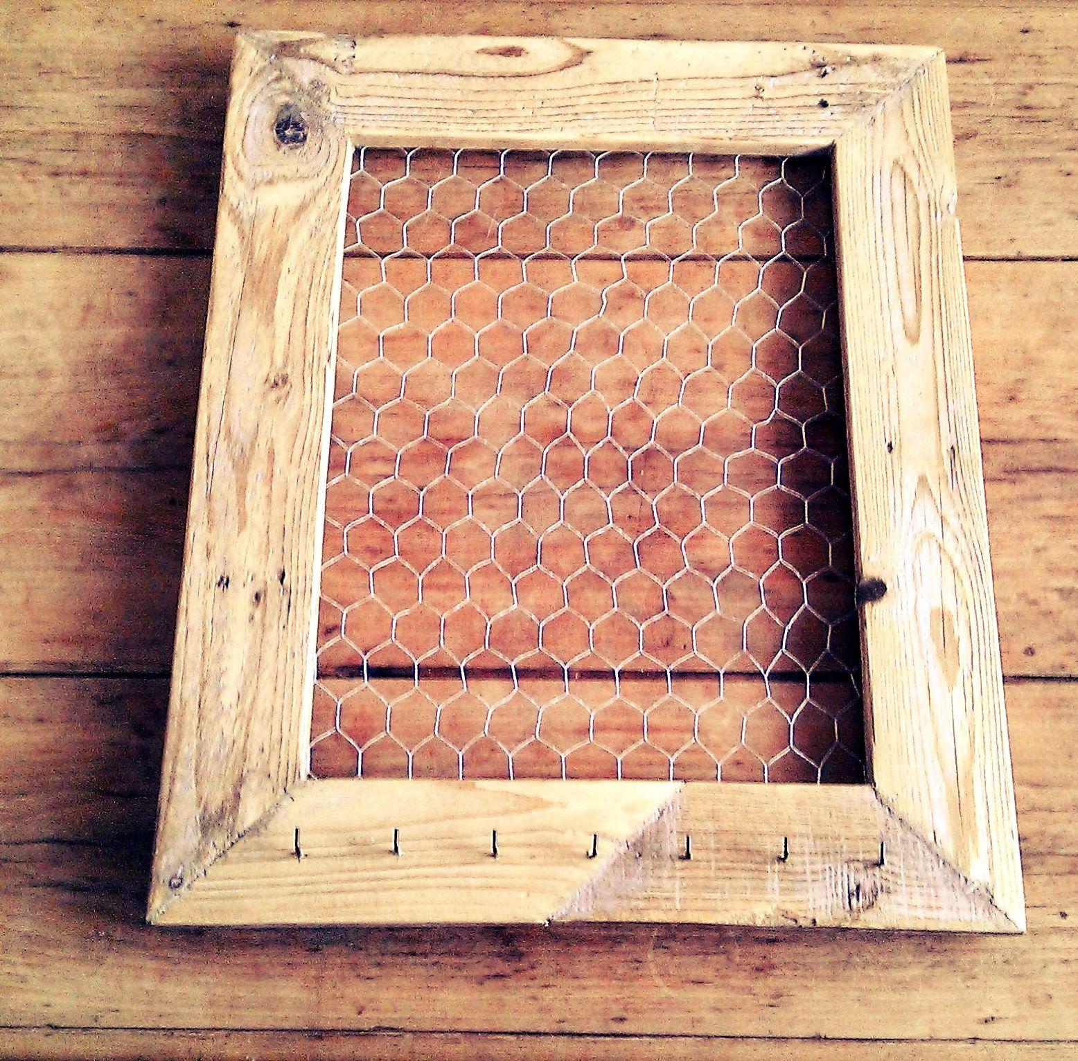 Diy tuto pour un cadre pense bete et porte clé en bois et grillage