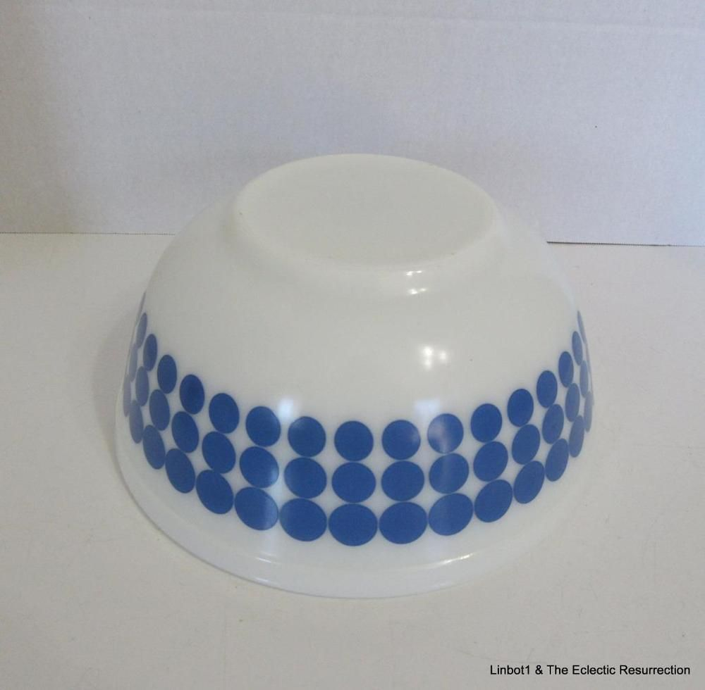 Vintage Pyrex Blue New Dots Polka Dot Mixing Bowl #403 2.5 quart ...