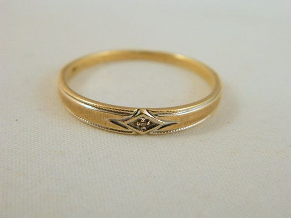 Vintage Mens 10k Gold Wedding Ring Yellow Gold and Diamond Wedding