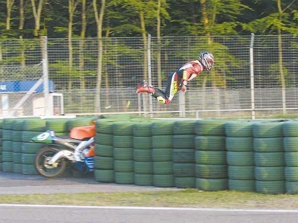 Flying Funny Accidents Youre Doing It Wrong Sports Humor