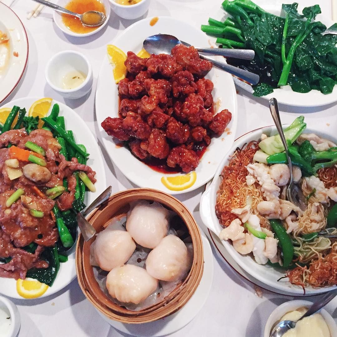 Noodles Hot Pot And Dim Sum In Chinatown And Beyond Chinese Food Restaurant Best Chinese Food Asian Cooking