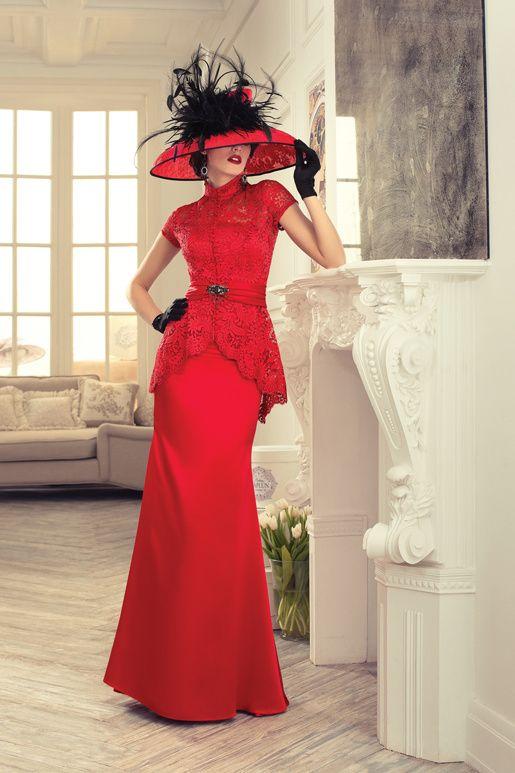 f15e439296a9 Pin tillagd av Helena Jansson på VACKRA KLÄNNINGAR 3 i 2019 | Wedding dress  sleeves, Red wedding dresses och Formal dresses