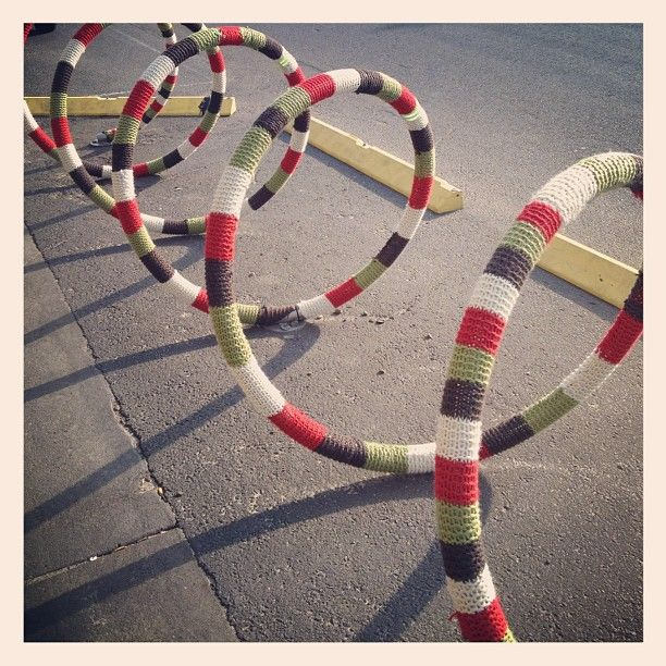 Not Your Grandma's Knitting: 20 Funky Yarn Bombs