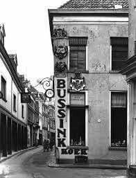 Bussink koek in de  Lange Bisschopstraat