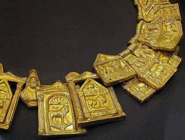 may show original images and post about Ancient Egyptian Gold