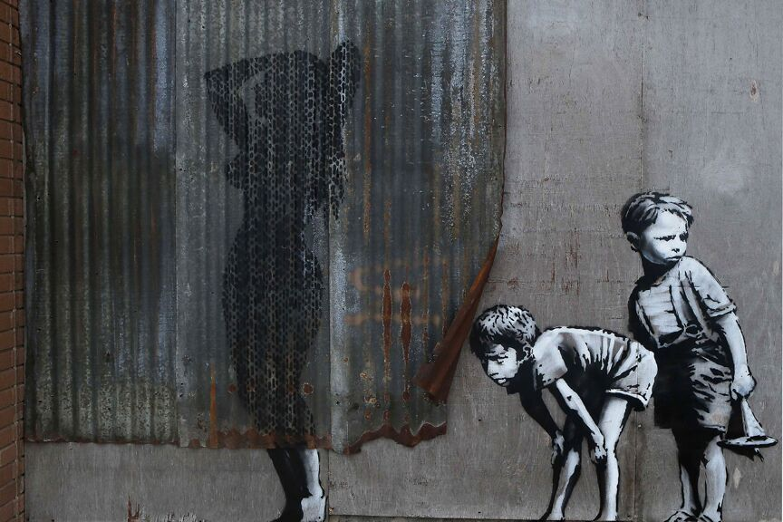 9 5 Banksy Peek A Boo Shower Art Poster 24x36 36725 Ebay