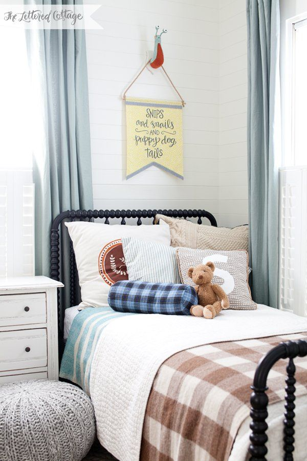Our Boys Bedroom – Decorating Update