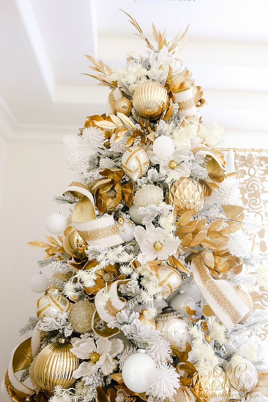 Elegant White And Gold Christmas Bedroom Tour Randi Garrett Design Gold Christmas Decorations Elegant Christmas Trees Gold Christmas