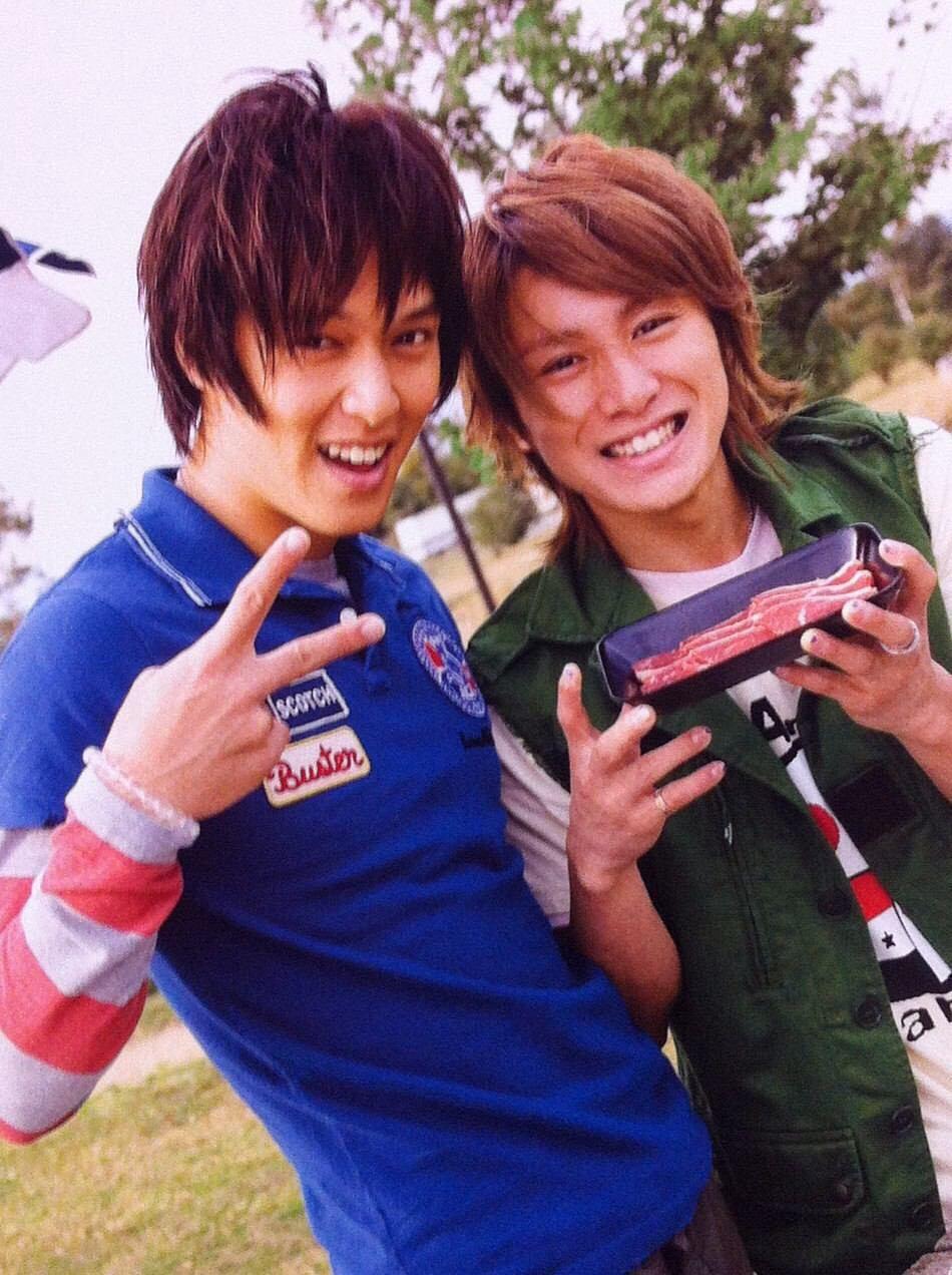 丸山隆平さんと一緒の安田章大