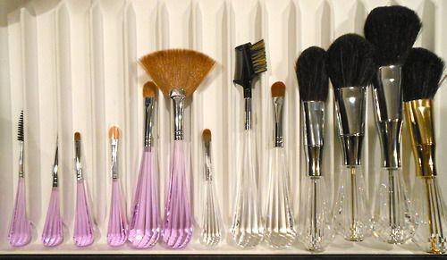 girls makeup best friends…  Brushes by Mariella Martinato @Esxence2013