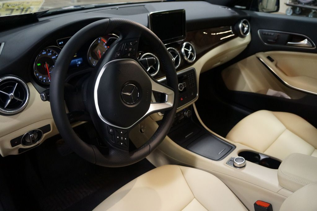 mercedes cla 250 interior. Black Bedroom Furniture Sets. Home Design Ideas