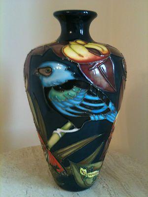 Details about Moorcroft Amazon Vase (Blue-Necked Tanager's