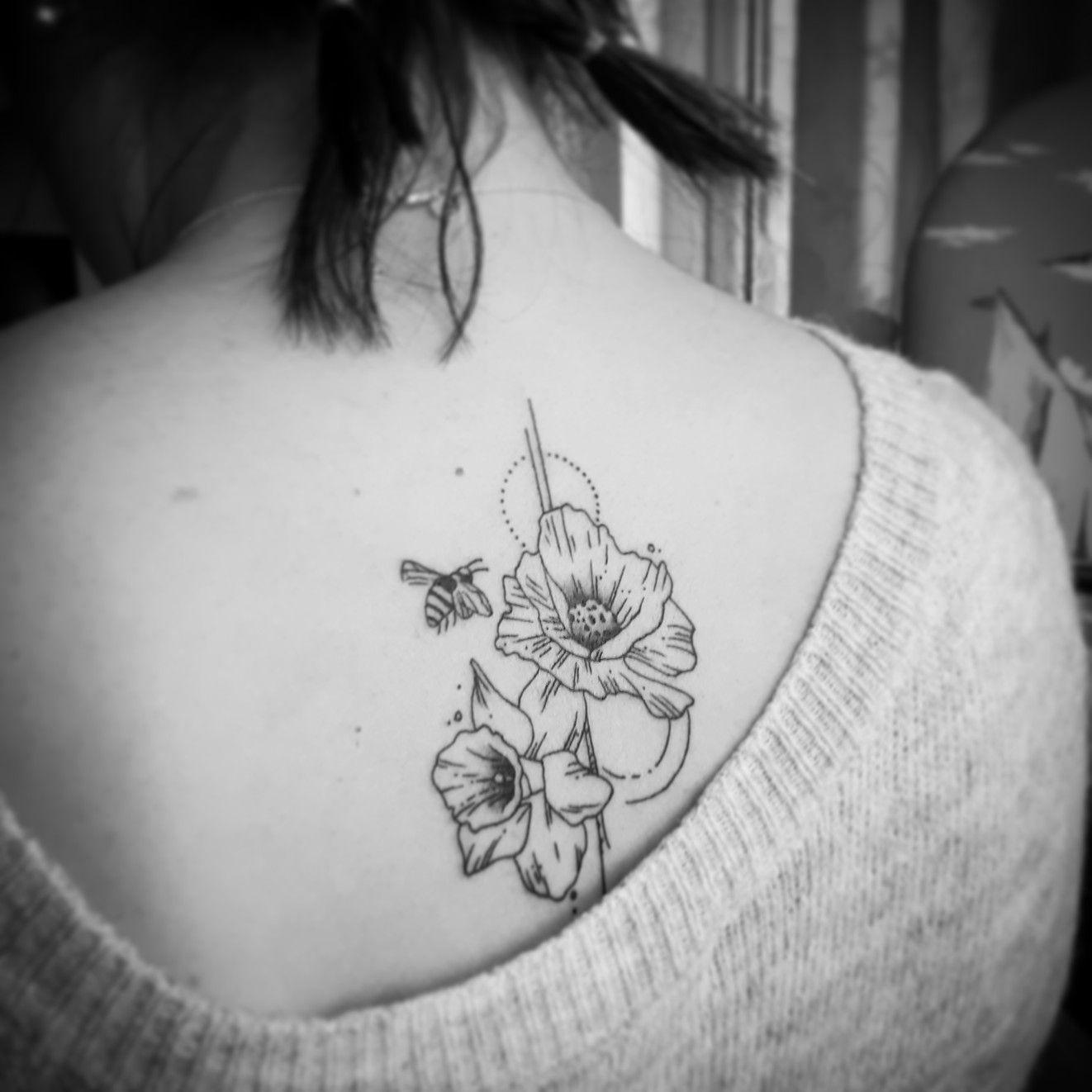 Poppy Tattoo Daffodil Tattoo Bee Tattoo Spine Tattoo Bee Tattoo Tattoos Poppies Tattoo