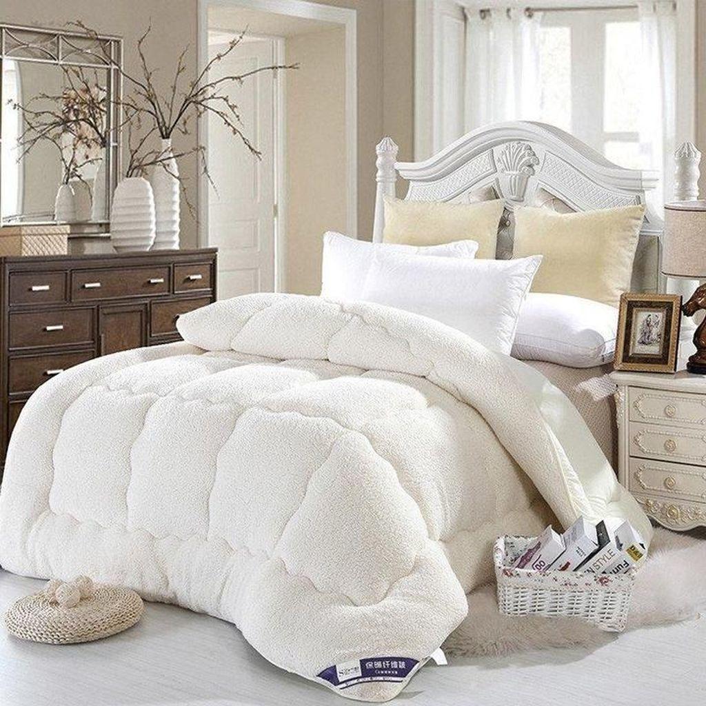 21 Cosy Winter Bedroom Ideas: 48 Amazing Winter Bedding Ideas To Get A Cozy Bedroom
