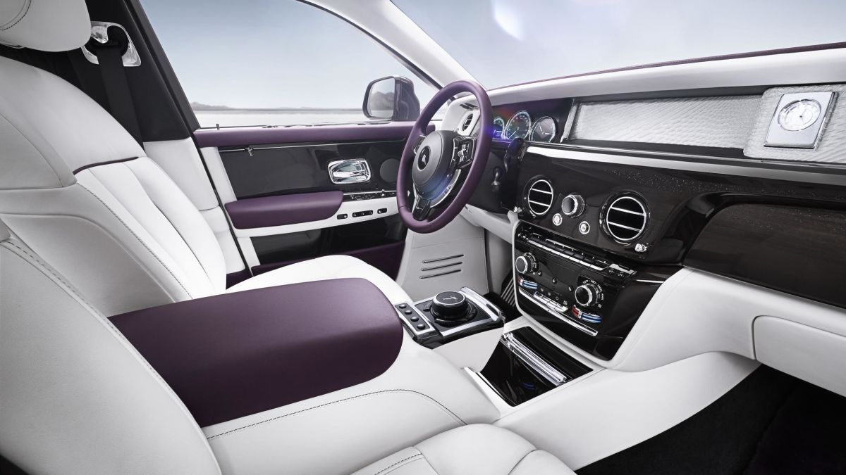rolls royce phantom best quietest car interior 2017