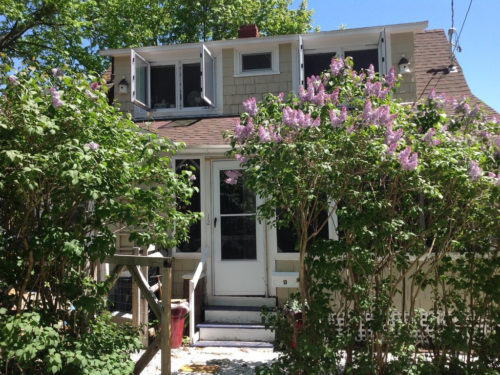 Old Orchard, August 1215, 778, 2 bedrooms Old orchard