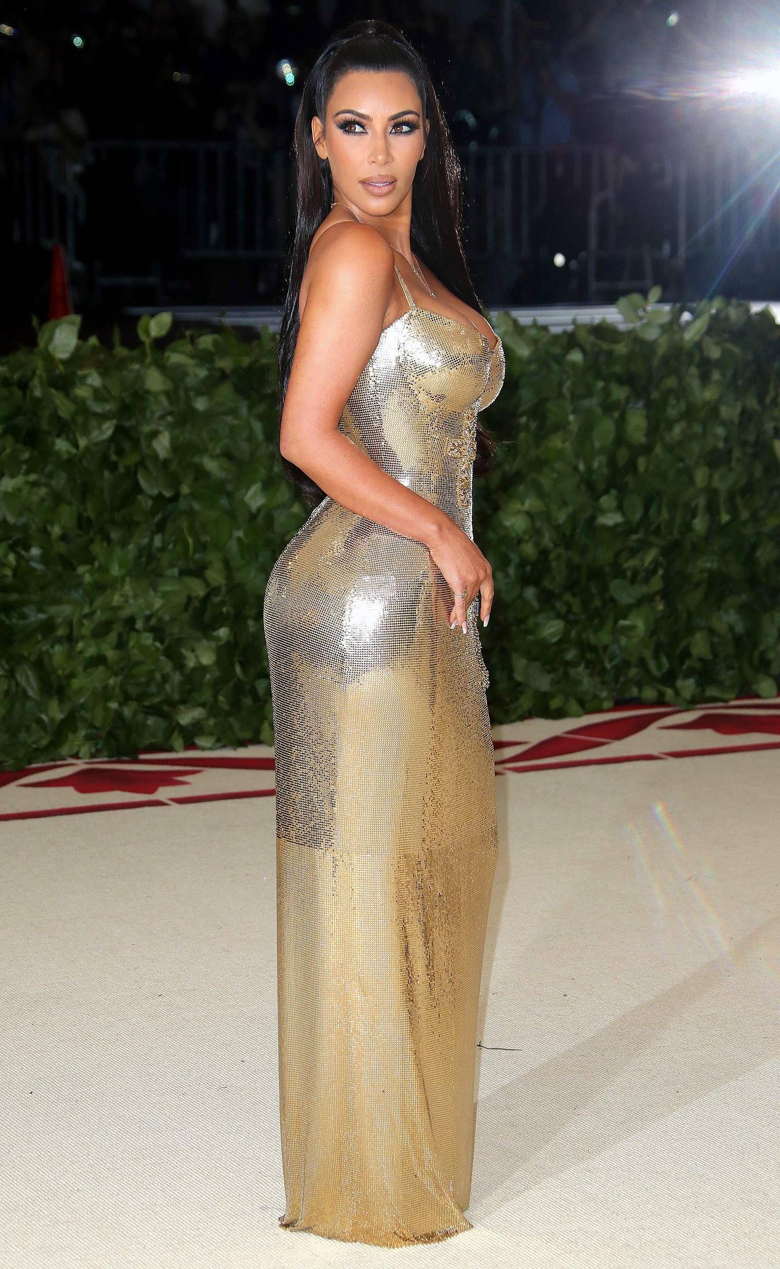 7fceed35fa0 Where s Kanye  Kim Kardashian Attends 2018 Met Gala Solo Wearing ...