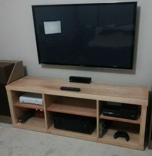 How To Build A Simple DIY TV Stand Using Wood | Muebles de salón ...