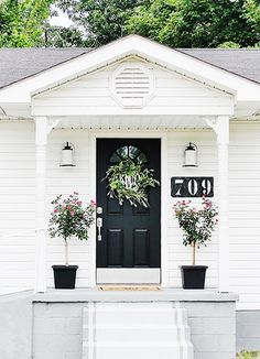 8 Inspiring Ways to Amp Up Your Curb Appeal | Black front doors, Big ...