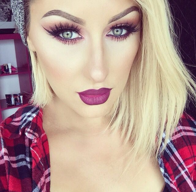 MUA Chrisspy wearing 'Berry Me' from Dose of Colors