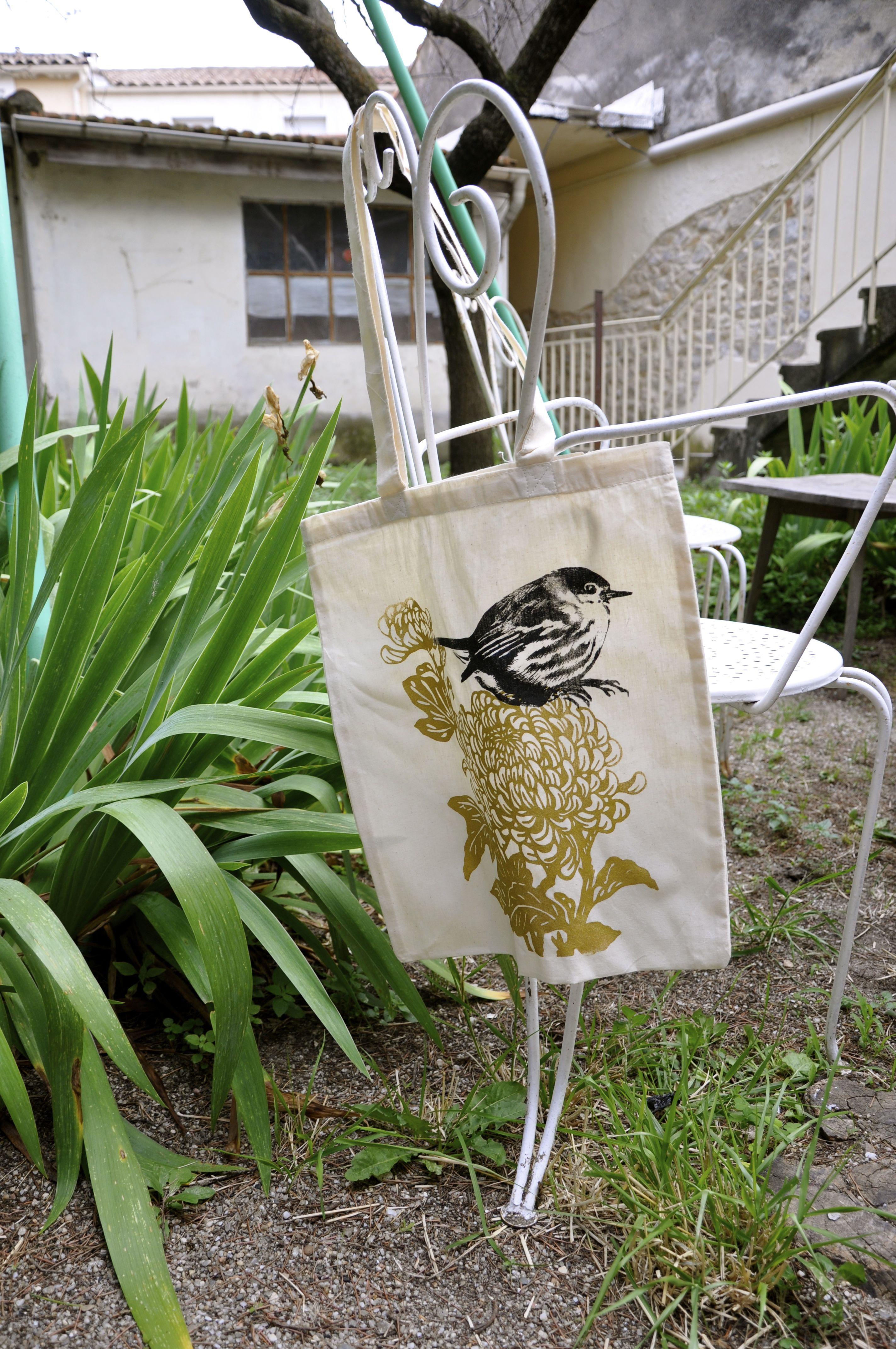 bird and chrysantheum tote bag Rosa Chiffon