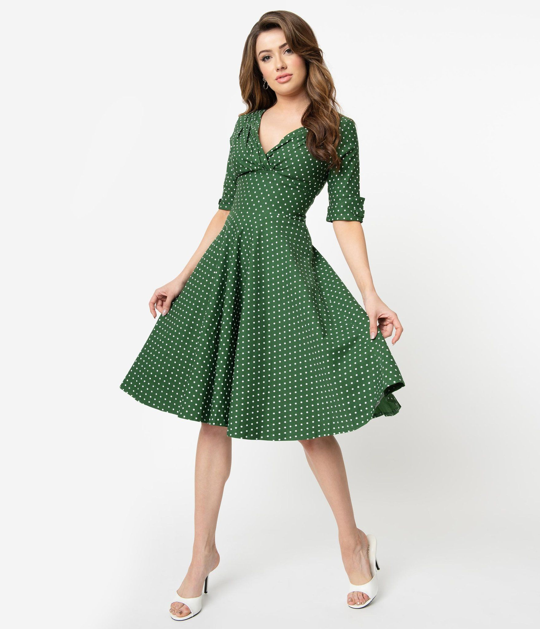 Unique Vintage 1950s Green White Pin Dot Delores Swing Dress With Sleeves Vintage Dresses 50s Swing Dress With Sleeves Swing Dress [ 2048 x 1759 Pixel ]