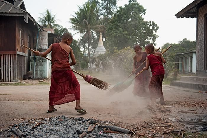 Photo of the day: novice monks outside a monastery in Shan state, Myanmar. By Matthias Messmer http://intlifem.ag/MmceQdP