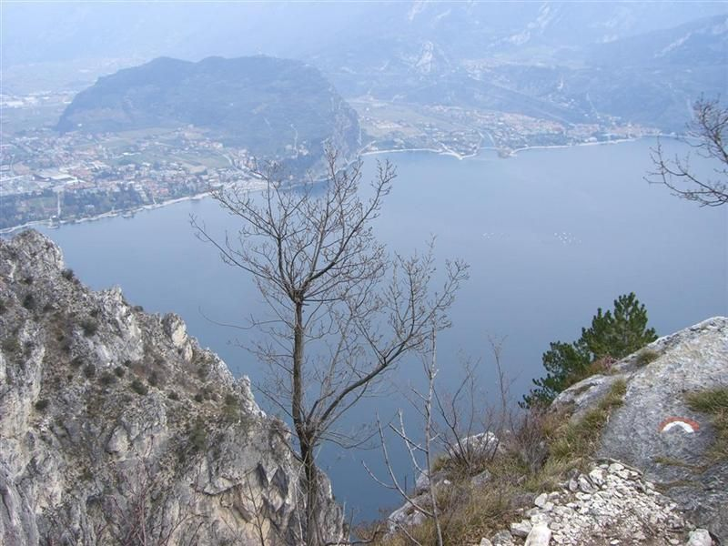 Klettersteig auf den Cima Capi  (Gardaseeberge)