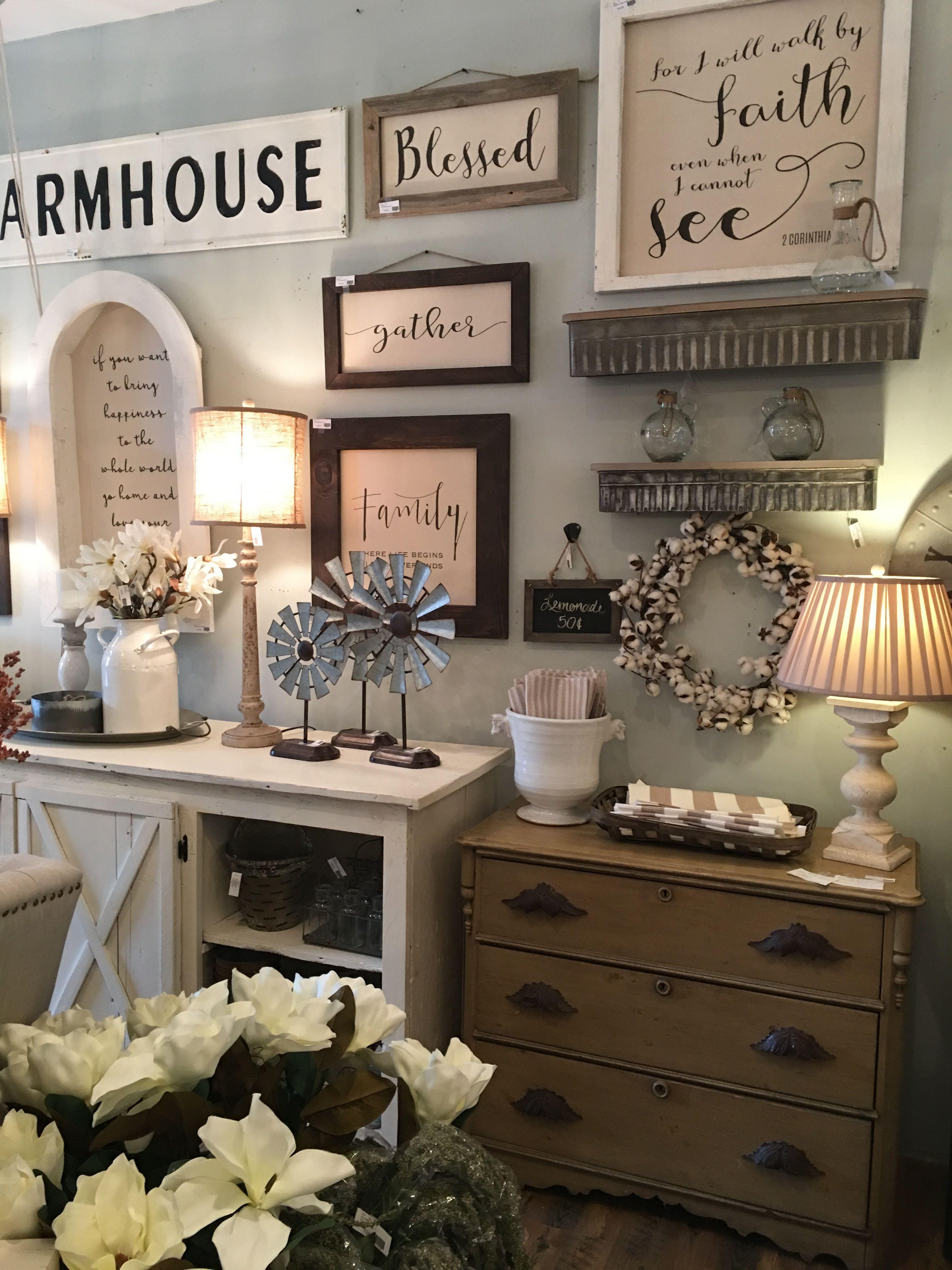 31 Cozy And Chic Farmhouse Kitchen Décor Ideas | DigsDigs  |Farmhouse Decor Shabby Organization