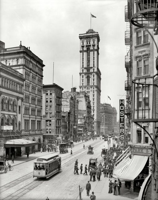"""New York circa 1905. """"Broadway and Times Building (1 Times Square.)"""