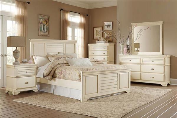 Laurinda Cottage Antique White Wood Master Bedroom Set Cream